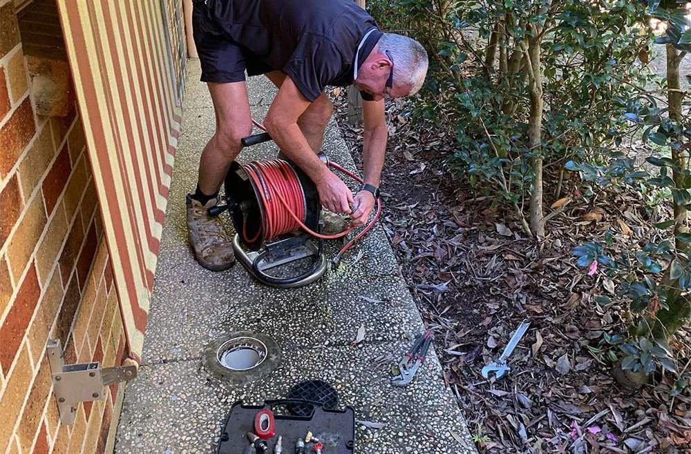 drain clearing plumber